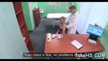 Control la dispensar la un medic ginecolog ce ii explica cum sta cu sanatatea