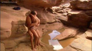 Partida de sex senzuala cu un cuplu foarte frumos care se iubesc