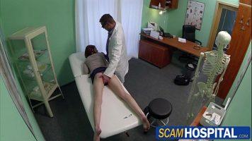 Curva care vine la spital pentru ca il cunoaste pe un doctor